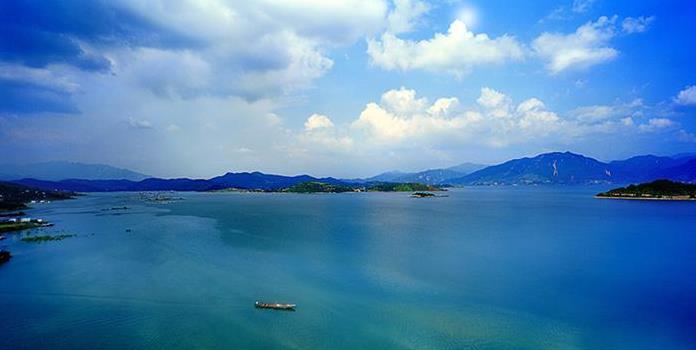 资兴东江湖